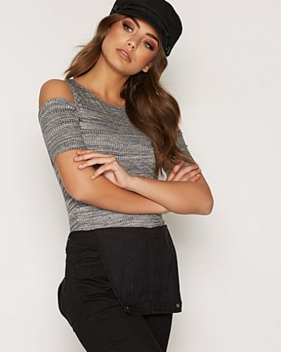 Fitted Cold Shoulder New Look t-shirts till dam.