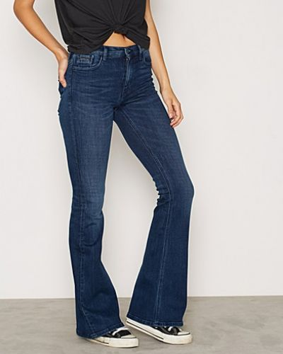 Calvin Klein Jeans bootcut jeans till tjejer.
