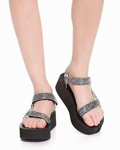 Teva sandal till dam.