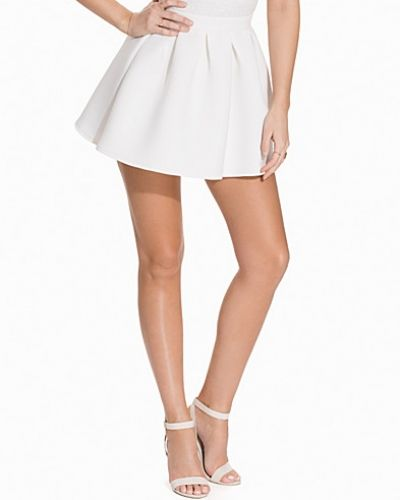 Flirty Skirt NLY Trend minikjol till kvinna.
