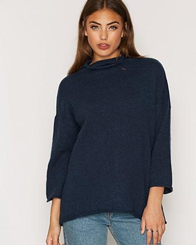 Till dam från Soaked in Luxury, en blå stickade tröja.