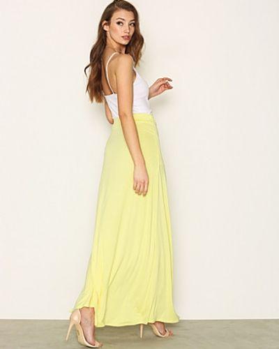 Långkjol Flowy Maxi Skirt från NLY Trend