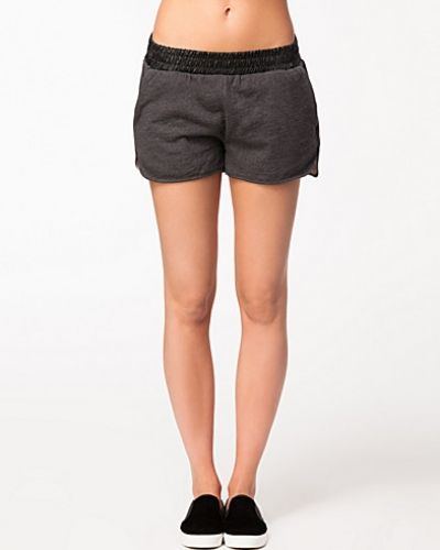 VILA Formato Shorts