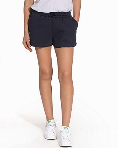 Svea shorts till dam.