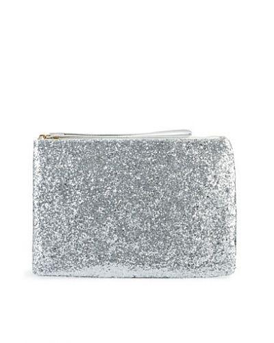 NLY Accessories Glitter Clutch. Handvaskor håller hög kvalitet.