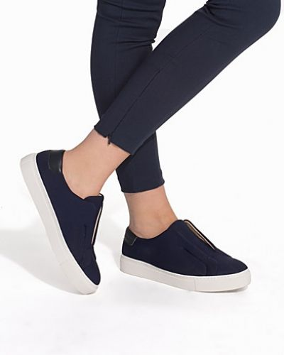 Gnomia shoe By Malene Birger sneakers till dam.