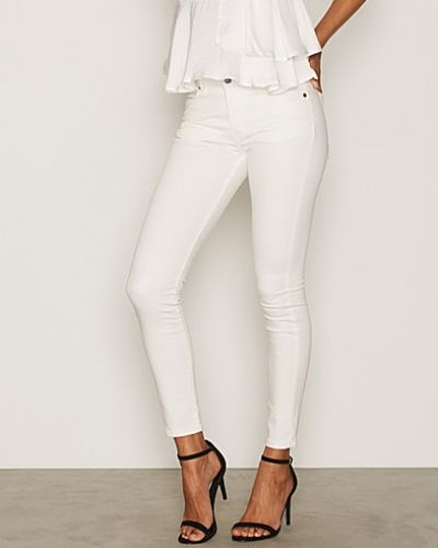 Grete Stay White J Lindeberg slim fit jeans till dam.