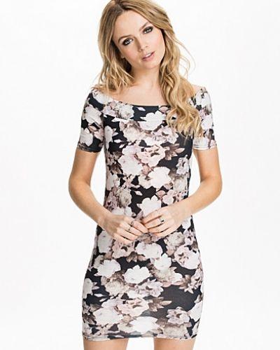 Miniklänning Grunge Bardot Mini Dress från New Look