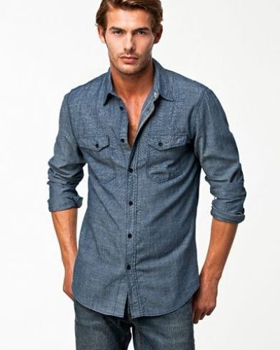 Jeansskjorta från Nudie Jeans till herr.