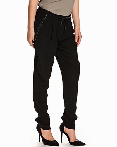 Gwyn Pant Calvin Klein Jeans byxa till dam.