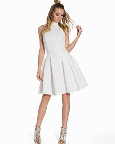 Halter Scuba Skater Dress Miss Selfridge klänning till dam.