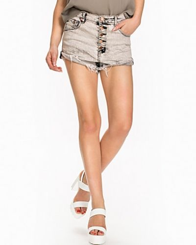 Harley Lovers One Teaspoon shorts till dam.