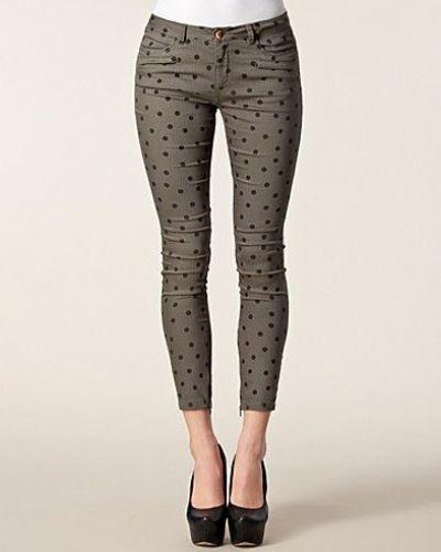 Slim fit jeans från Custommade till dam.