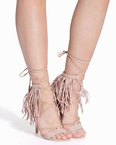 Högklackade High Heel Fringe Sandal från Nly Shoes
