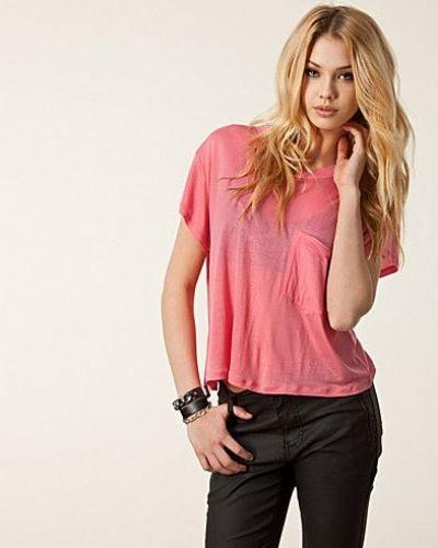 Till dam från Cheap Monday, en rosa t-shirts.