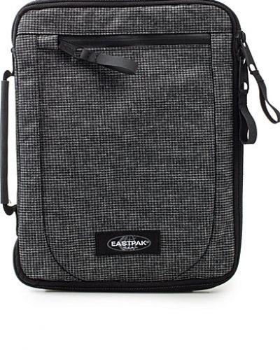Eastpak Hyat S Bag. Väskorna håller hög kvalitet.