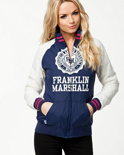 Till dam från Franklin & Marshall, en blå övriga jacka.