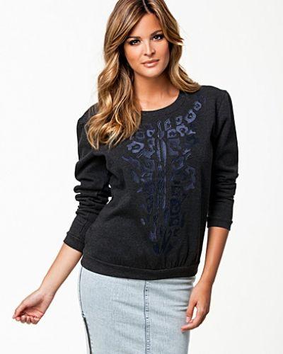 Sweatshirts från Y.A.S till dam.