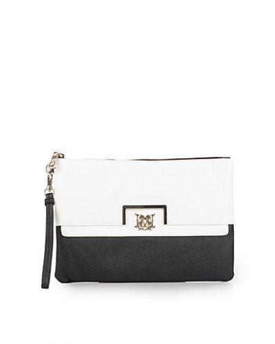 Love Moschino kuvertväska till tjejer.