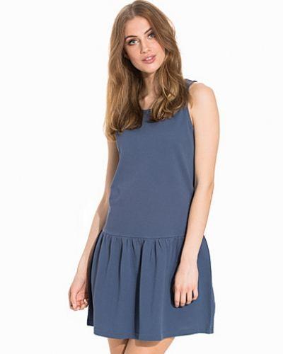 JDYDIANA S/L DRESS JRS Jacqueline de Yong klänning till dam.