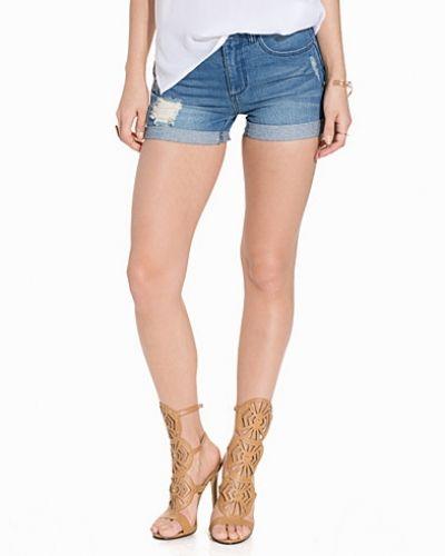 Blå shorts från Jacqueline de Yong till dam.