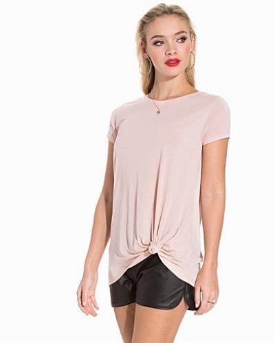 Jacqueline de Yong t-shirts till dam.
