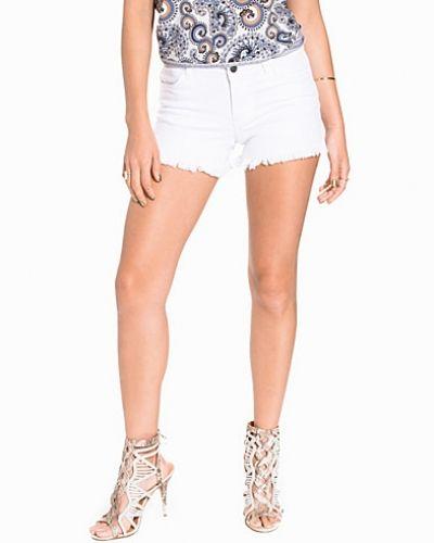 Jacqueline de Yong jeansshorts till tjejer.