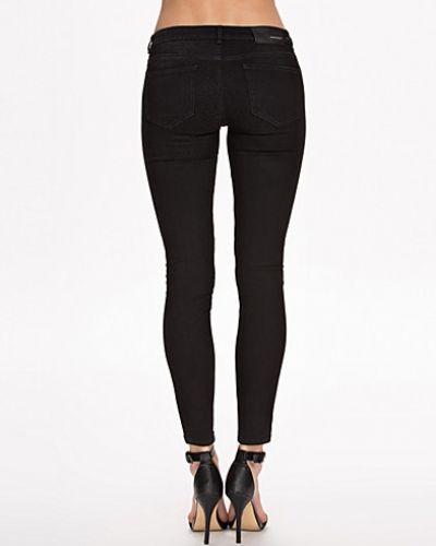 Jeans 26 BLK DNM slim fit jeans till dam.