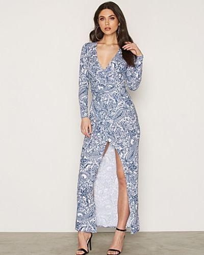 Jerseyklänning från NLY Trend till dam.