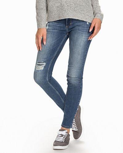Till dam från Twist & Tango, en blå slim fit jeans.