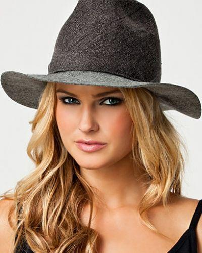 MM6 Maison Martin Margiela Justina Hat. Huvudbonader håller hög kvalitet.