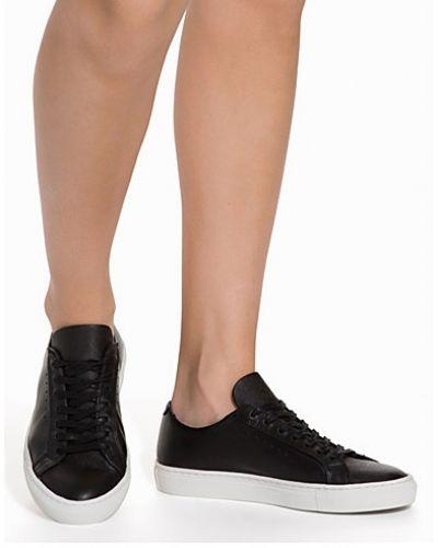 Filippa K sneakers till dam.