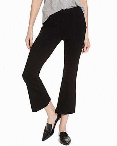 Byxa Kicking It Pants från NLY Trend