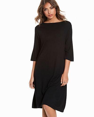 Kila Dress Hope långärmad klänning till dam.