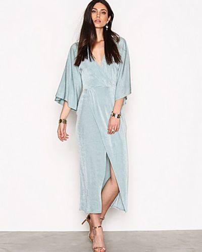 Maxiklänning Kimono Wrap Dress från NLY Trend