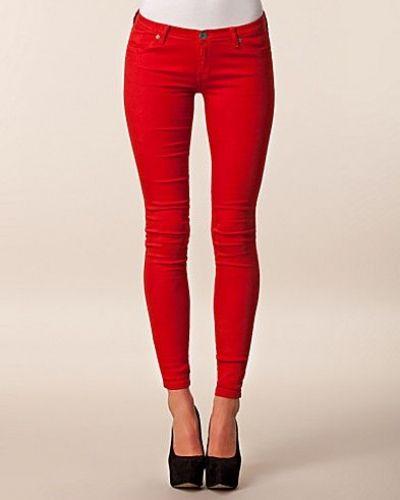 röda jeans dam