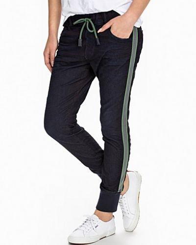 Boyfriend jeans Krailey Sweat Jeans från Diesel
