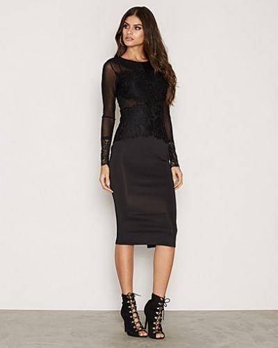 Svart långärmad klänning från Ax Paris till dam.