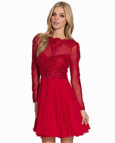 L/S Lace Skater Dress Ax Paris klänning till dam.