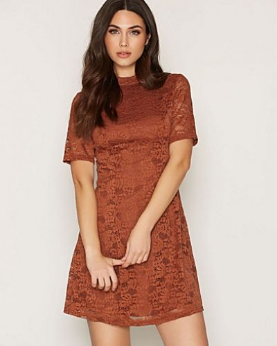 Lace Funnel Neck Dress New Look klänning till dam.