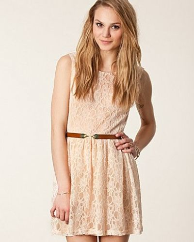 Lace Lined Prom Dress Lili London studentklänning till tjejer.