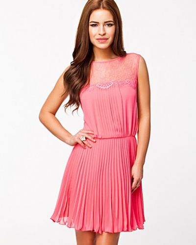 Elise Ryan Lace Pleated Dress