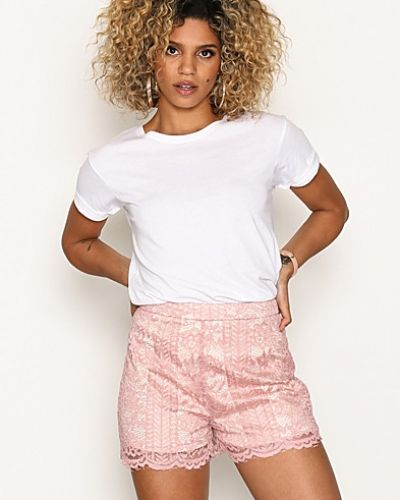 Missguided shorts till dam.