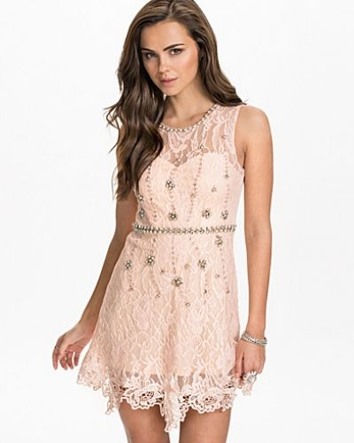 NLY One Lace Shift Decor Dress