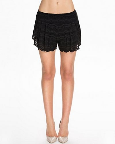 NLY Trend Lace Skorts