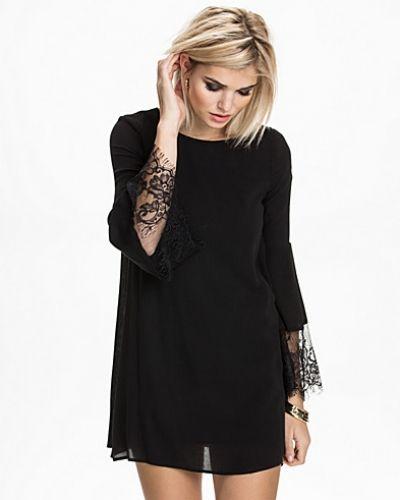 Glamorous Lace Sleeve Dress