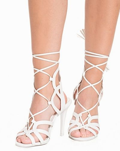 Högklackade Lace Up Tassel Sandal från Nly Shoes