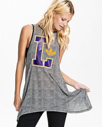 Lakers Tank Dress Adidas Originals oversizeklänning till dam.