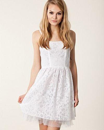 93be7e9a8406 Lazione Corsage Dress Vero Moda studentklänning till tjejer.