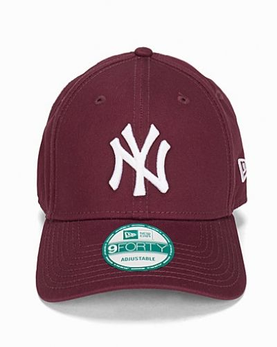 New Era League Essential 940 NEYYAN